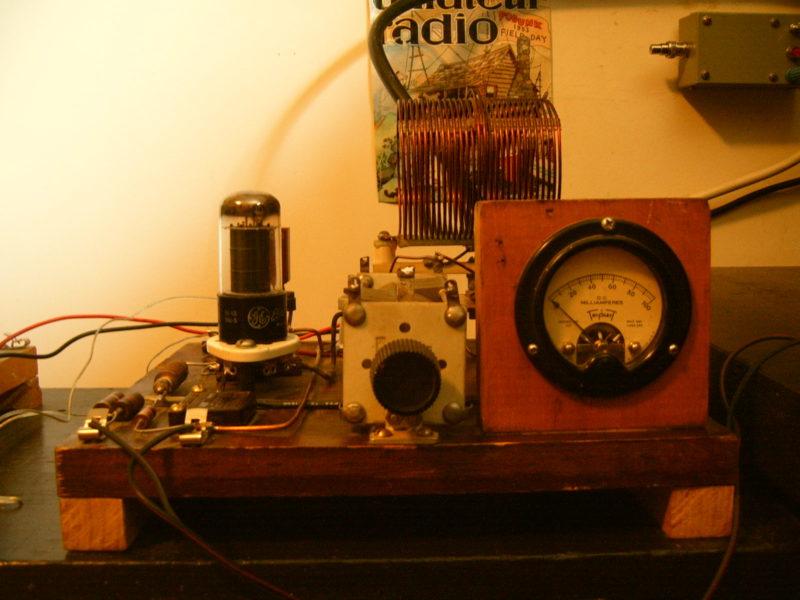Bill's 1 Watt Wood Box QRP Beacon | Q R P e r